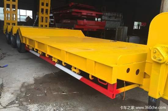 梁山盛源 13米 挖掘机 勾机板式运输半挂车