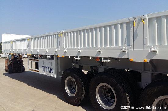 山东梁山 13米  2.55米宽   轻量化 栏板式半挂车  自重5.5吨 保拉60吨